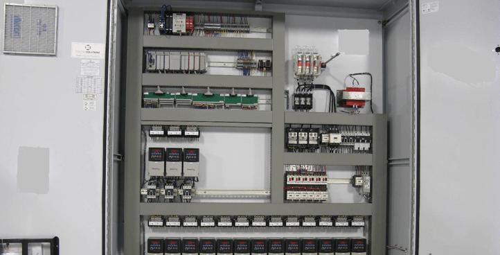 Panneaux de contrôle, armoires de commande